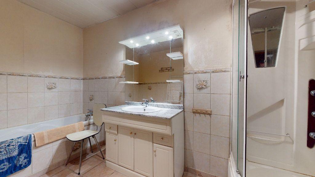Maison à vendre 6 113m2 à Saint-Maurice-en-Chalencon vignette-4