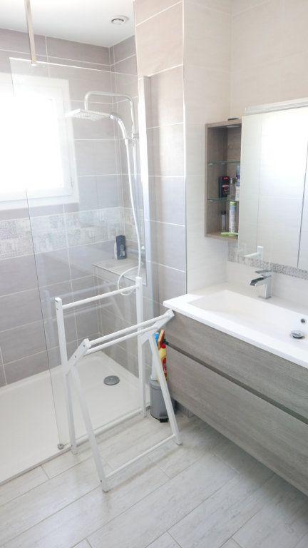 Maison à louer 5 96m2 à Saint-Julien-en-Saint-Alban vignette-6