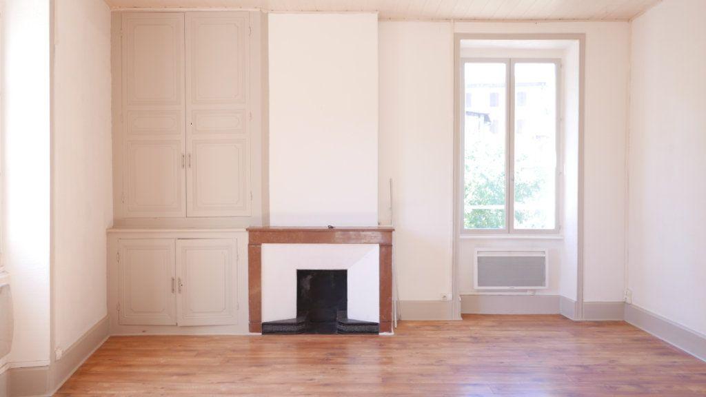 Appartement à louer 2 51m2 à La Voulte-sur-Rhône vignette-3