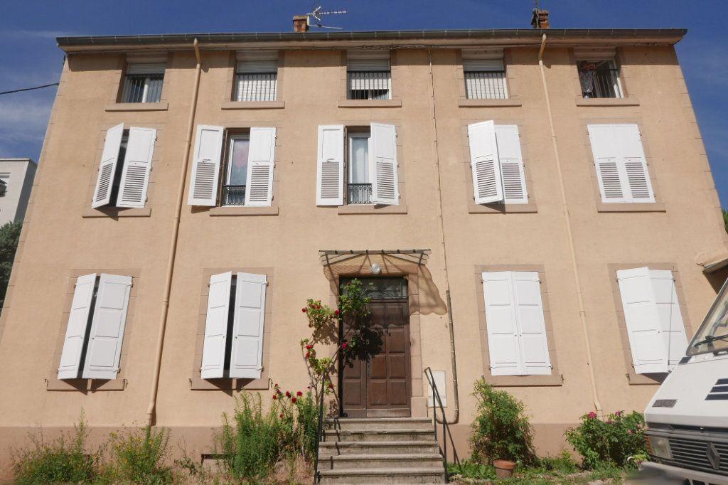 Appartement à louer 1 33m2 à Tournon-sur-Rhône vignette-5