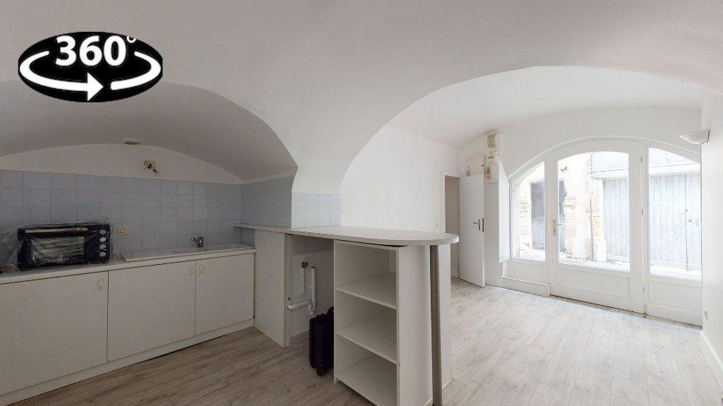 Maison à louer 3 49.23m2 à Loriol-sur-Drôme vignette-1