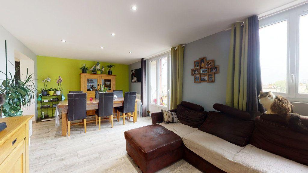 Appartement à vendre 5 78m2 à Privas vignette-3