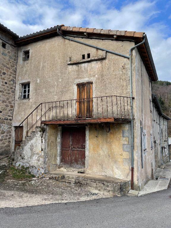 Maison à vendre 3 110m2 à Marcols-les-Eaux vignette-1