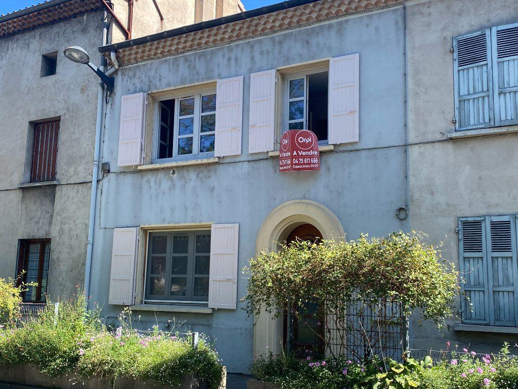 Maison à vendre 4 93m2 à Loriol-sur-Drôme vignette-1