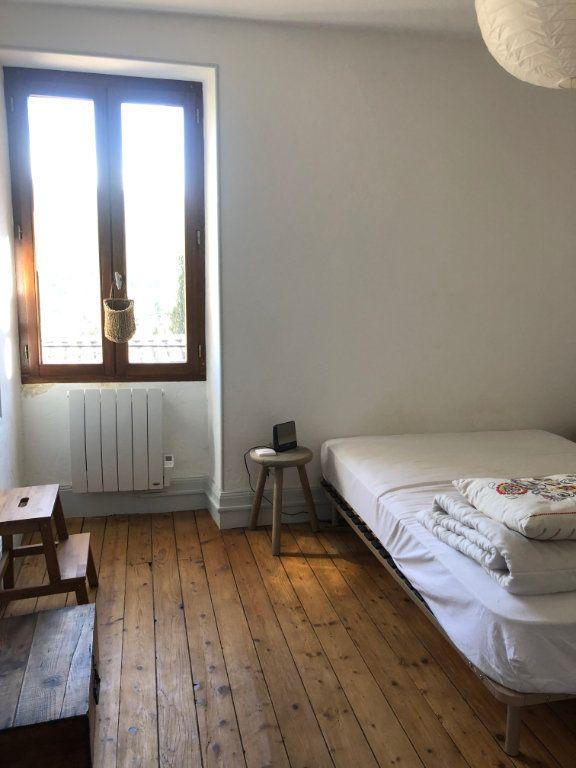 Maison à louer 3 72m2 à Saint-Laurent-du-Pape vignette-5