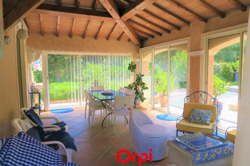 Maison à vendre 10 219m2 à Saint-Cyr-sur-Mer vignette-2