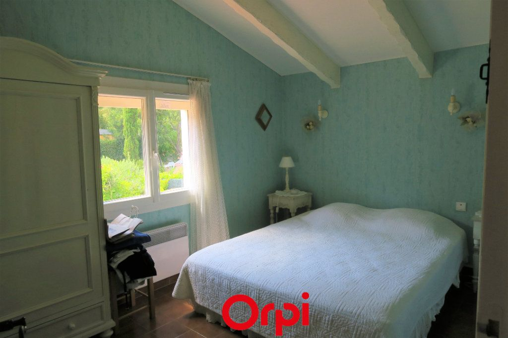 Maison à vendre 10 219m2 à Saint-Cyr-sur-Mer vignette-7