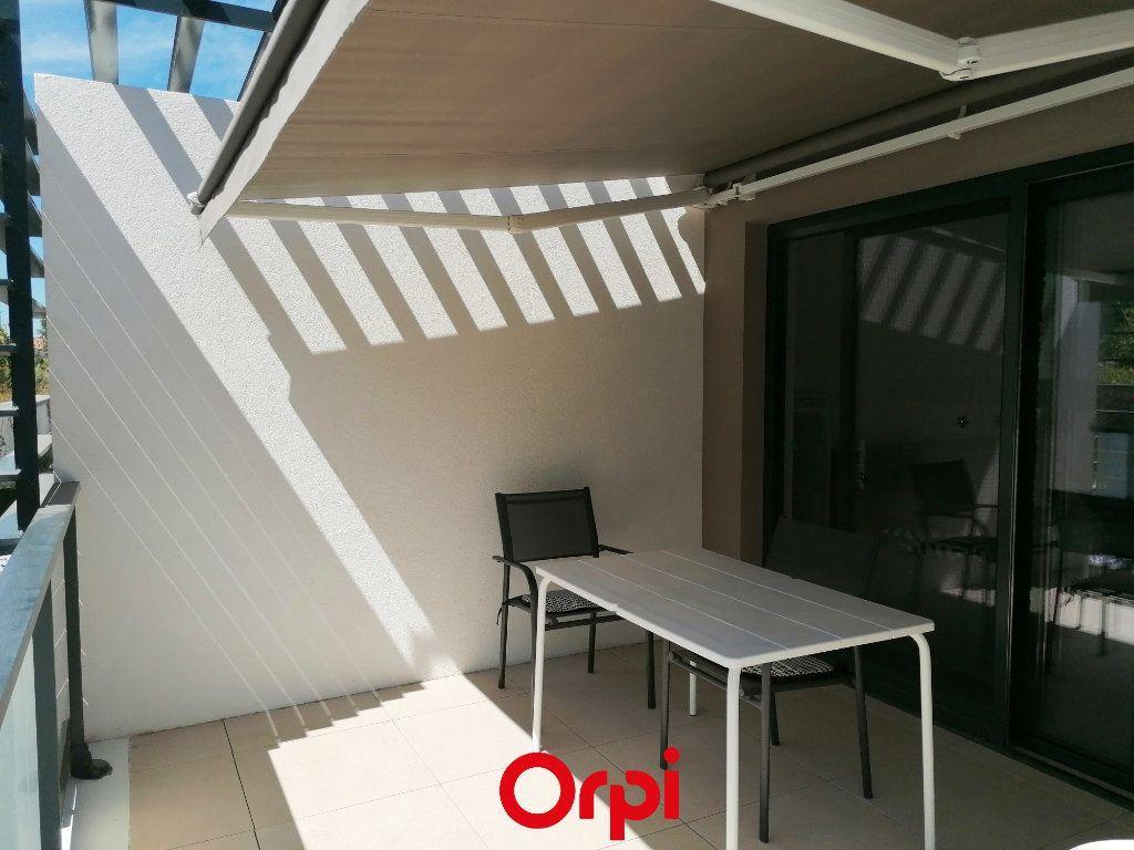 Appartement à vendre 2 37m2 à Saint-Cyr-sur-Mer vignette-4