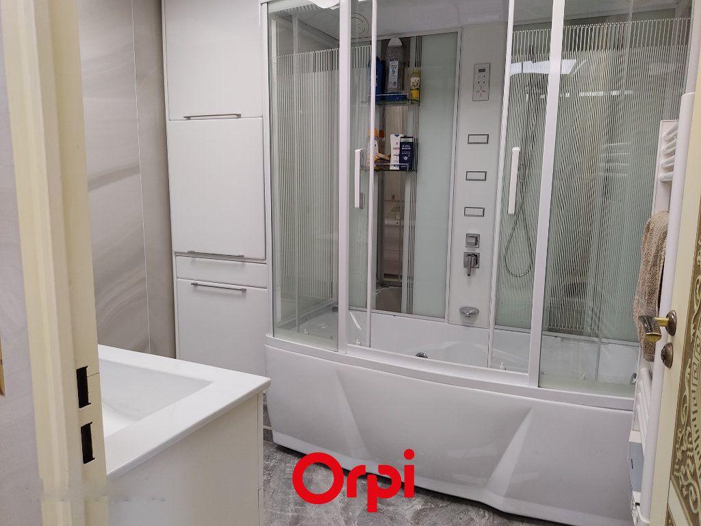 Appartement à vendre 2 59.59m2 à Saint-Cyr-sur-Mer vignette-8