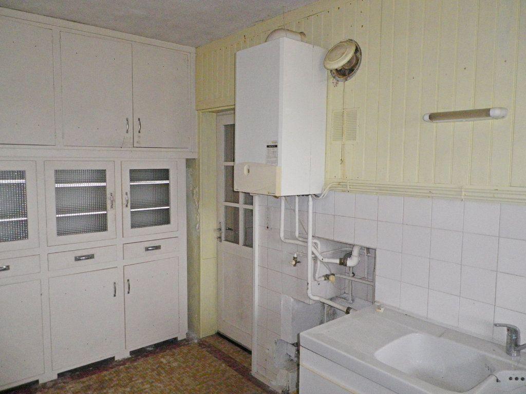 Maison à vendre 9 215m2 à Saint-Yrieix-sur-Charente vignette-5