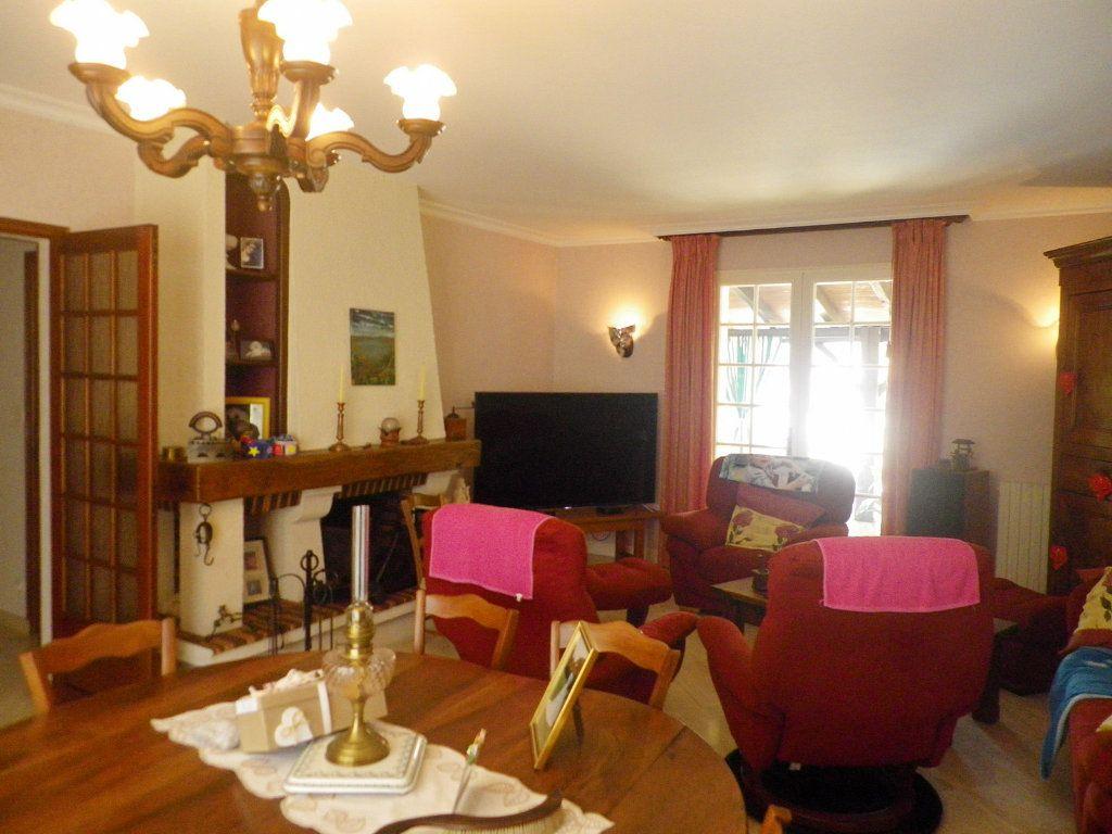 Maison à vendre 7 158m2 à Saint-Michel vignette-2