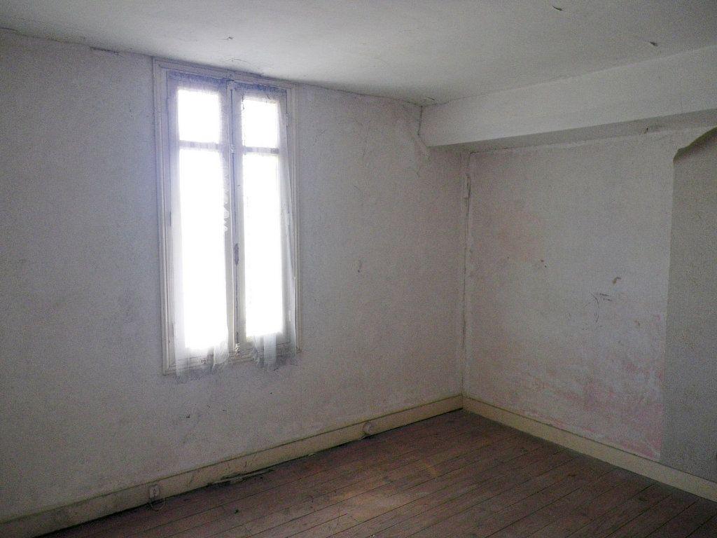 Maison à vendre 6 90m2 à Angoulême vignette-3