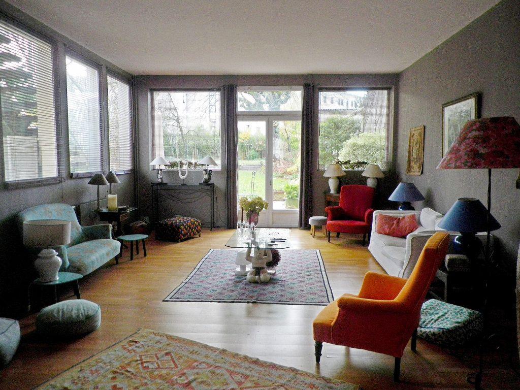 Maison à vendre 12 405m2 à Angoulême vignette-1