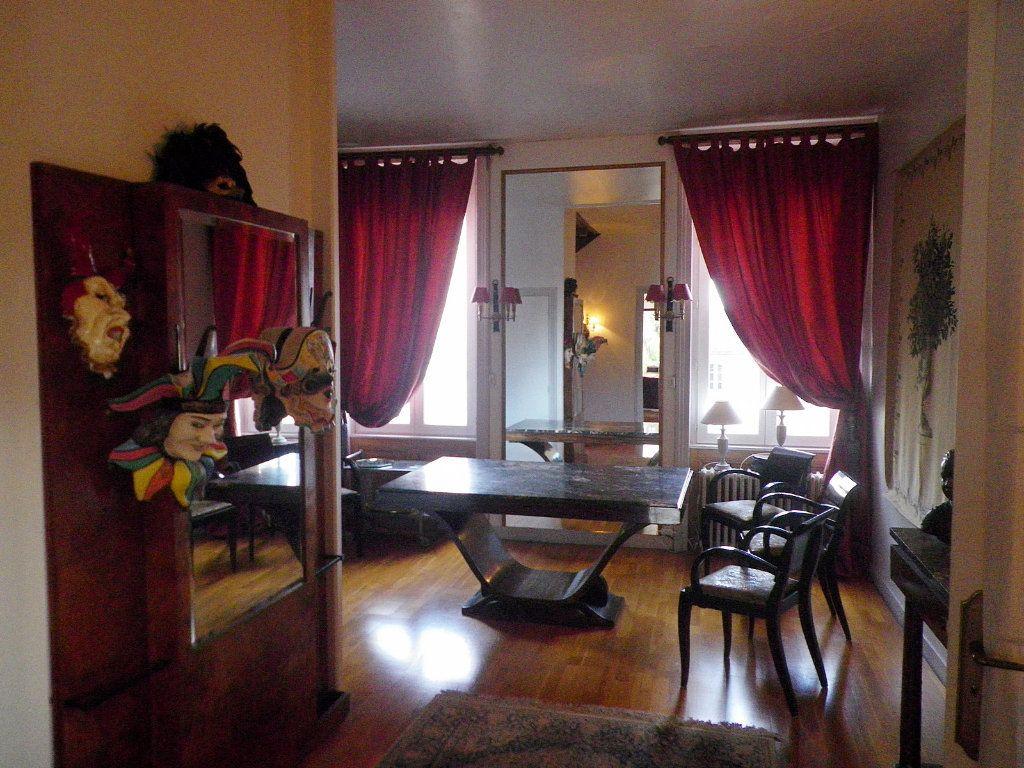 Maison à vendre 12 405m2 à Angoulême vignette-3