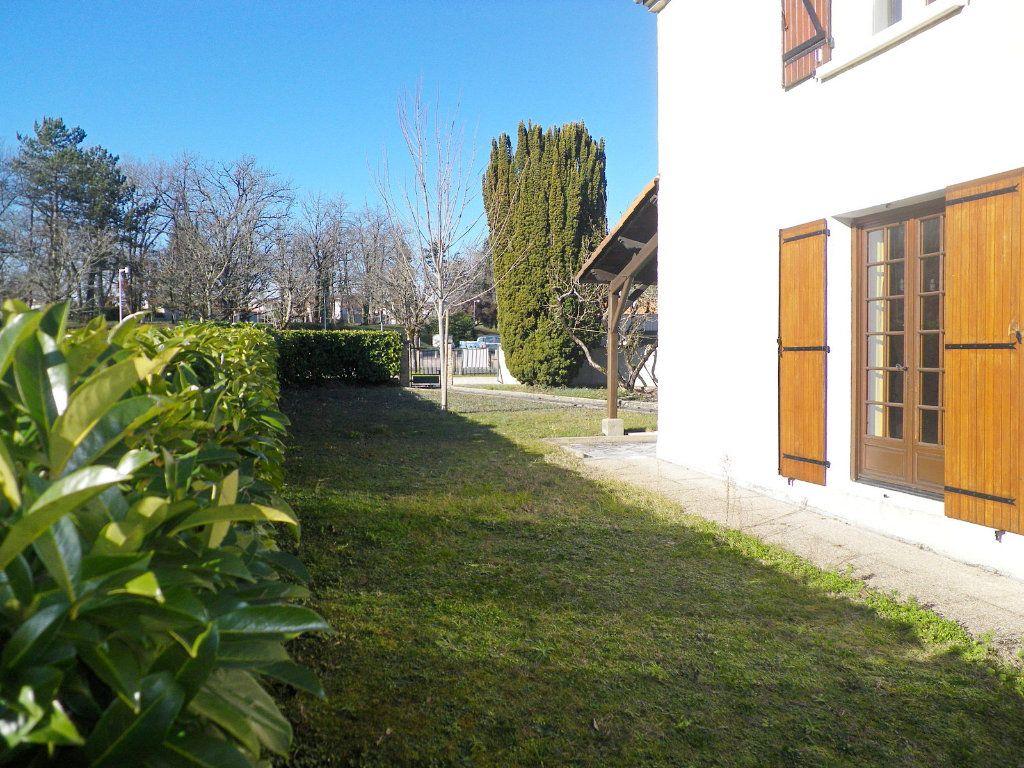 Maison à vendre 4 97m2 à Angoulême vignette-2