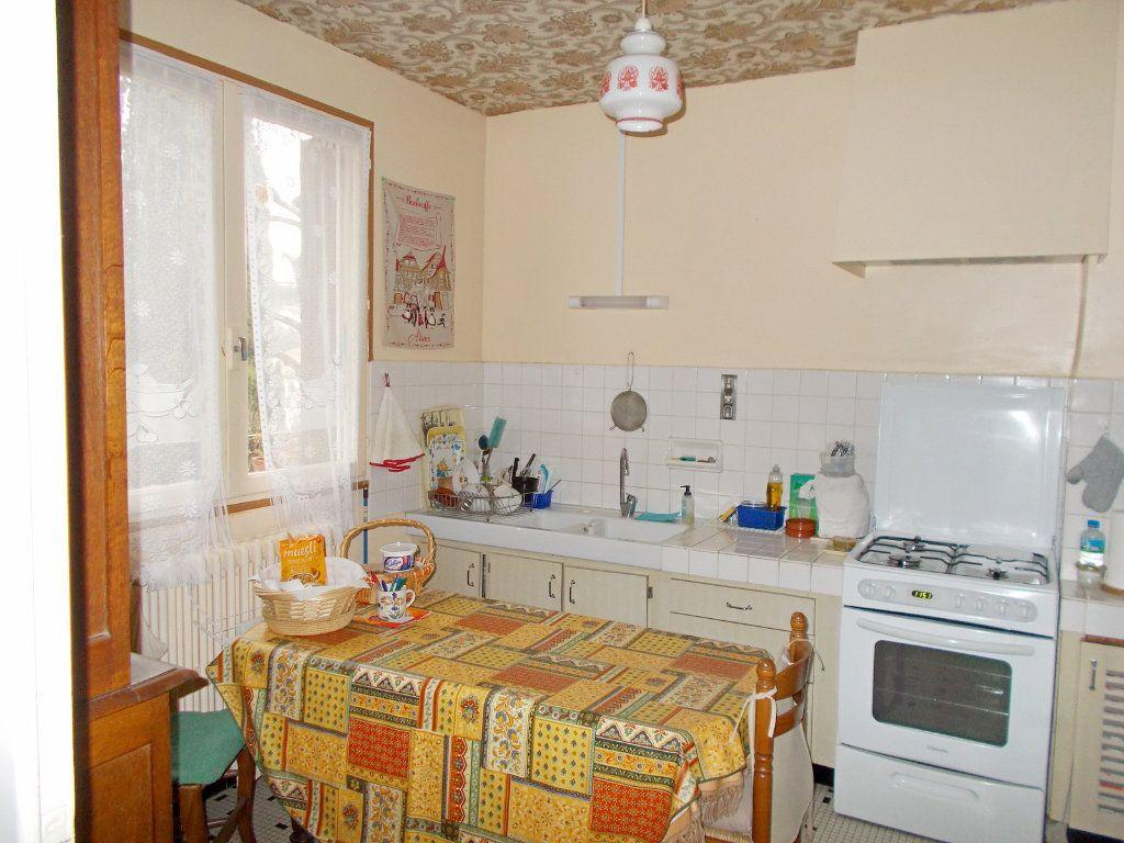 Maison à vendre 6 113m2 à L'Isle-d'Espagnac vignette-4