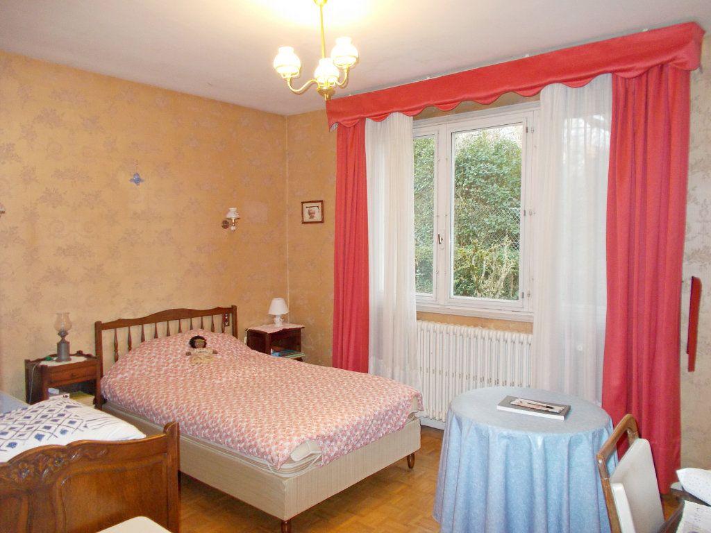 Maison à vendre 6 113m2 à L'Isle-d'Espagnac vignette-5