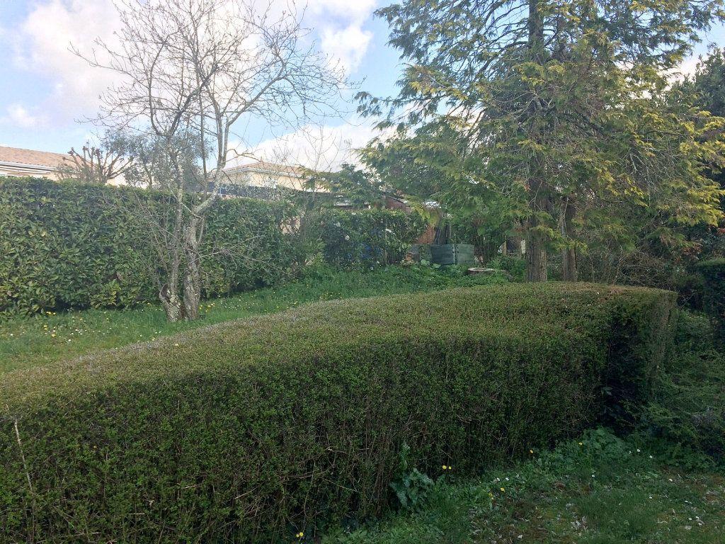 Maison à vendre 6 113m2 à L'Isle-d'Espagnac vignette-6
