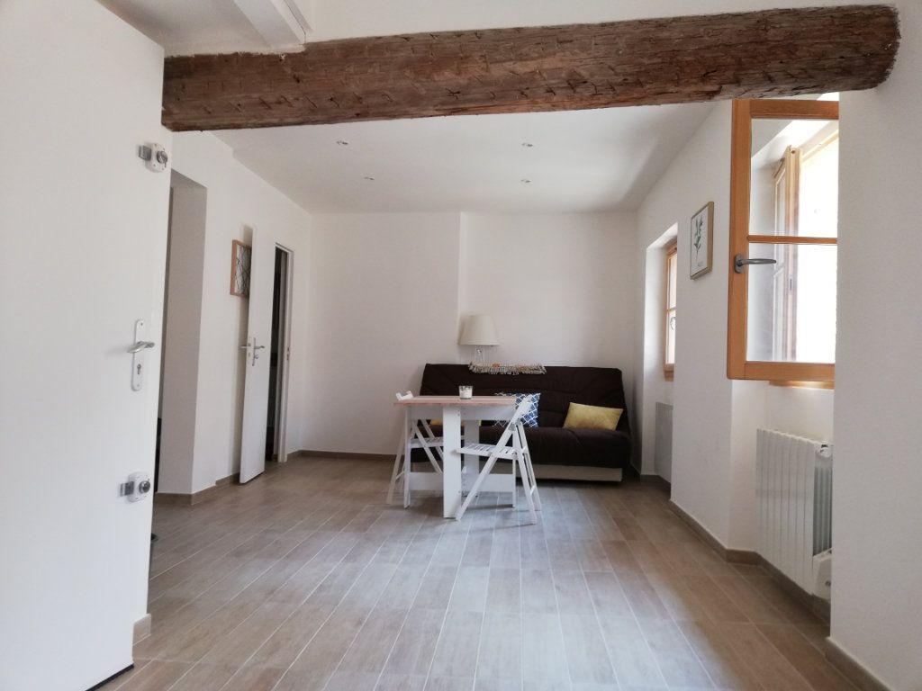 Appartement à louer 1 29.15m2 à Toulon vignette-4