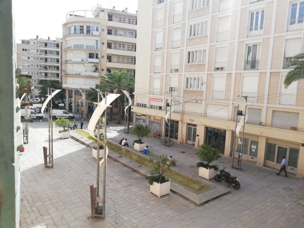 Appartement à louer 1 29.95m2 à Toulon vignette-3