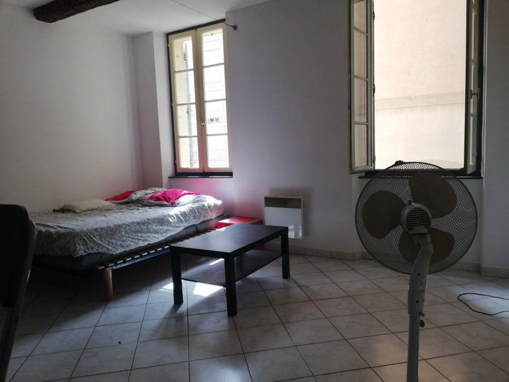 Appartement à louer 1 29.95m2 à Toulon vignette-5