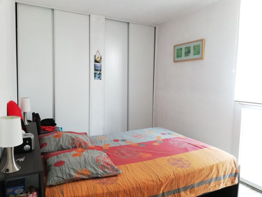 Appartement à louer 3 65m2 à Toulon vignette-5