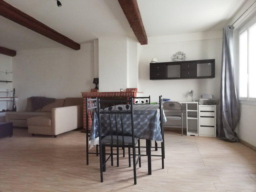 Appartement à louer 2 48.42m2 à Toulon vignette-2