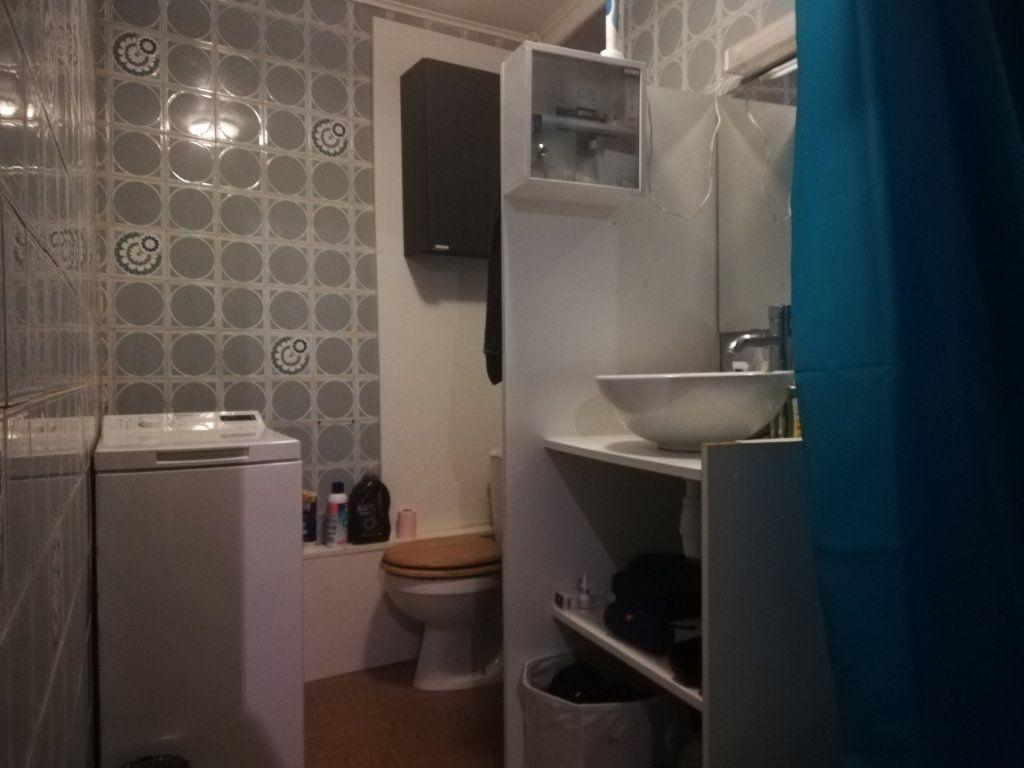 Appartement à louer 2 48.42m2 à Toulon vignette-9