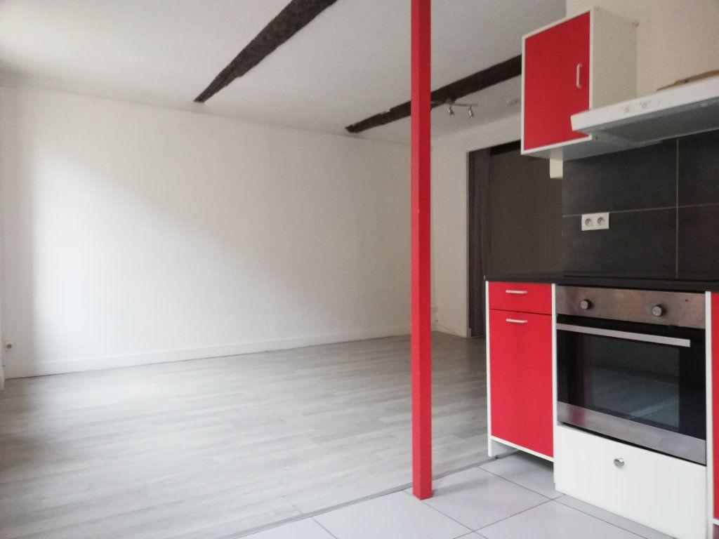 Appartement à louer 1 33.47m2 à Toulon vignette-2