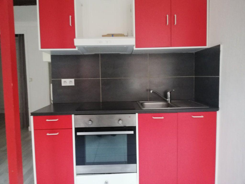 Appartement à louer 1 33.47m2 à Toulon vignette-4