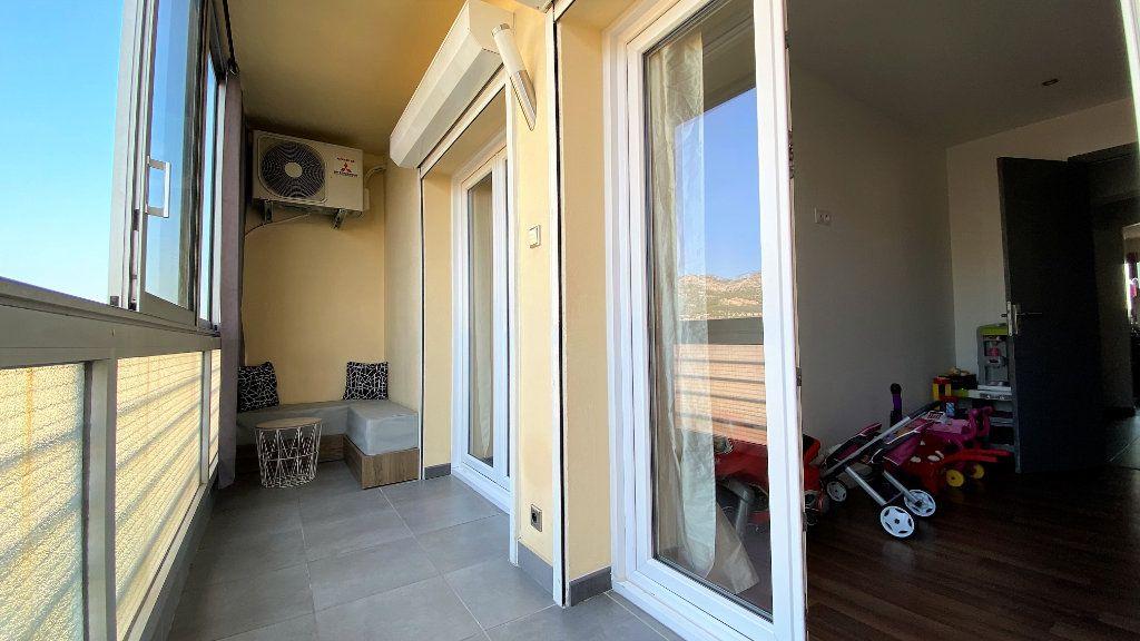 Appartement à vendre 3 54m2 à Toulon vignette-6