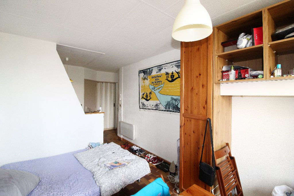 Appartement à vendre 1 21.42m2 à Toulon vignette-4