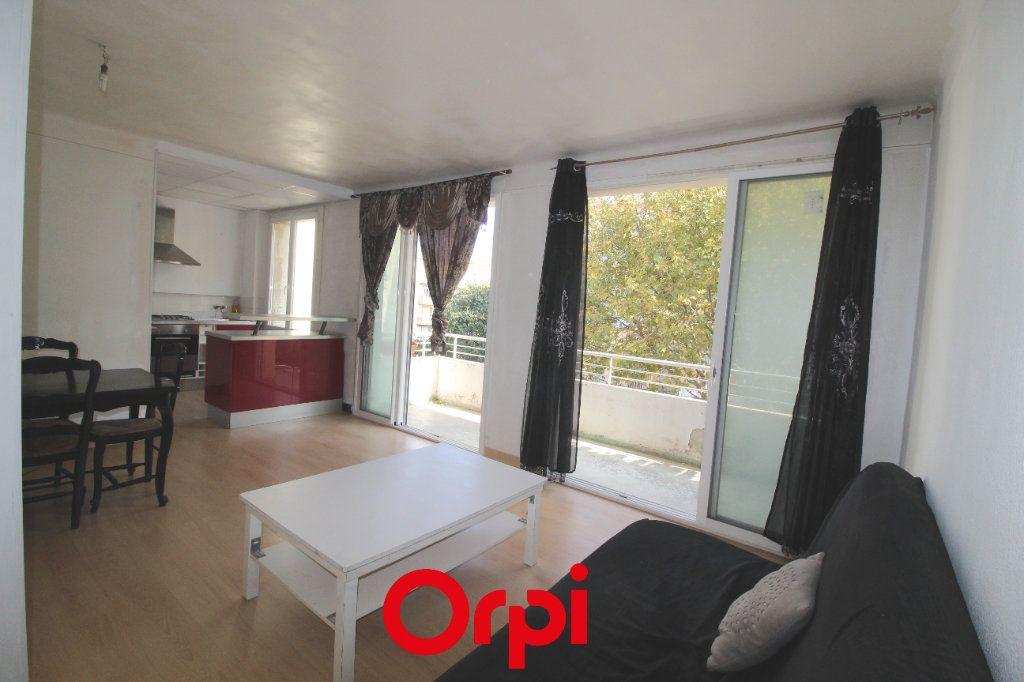 Appartement à vendre 2 48m2 à Toulon vignette-4