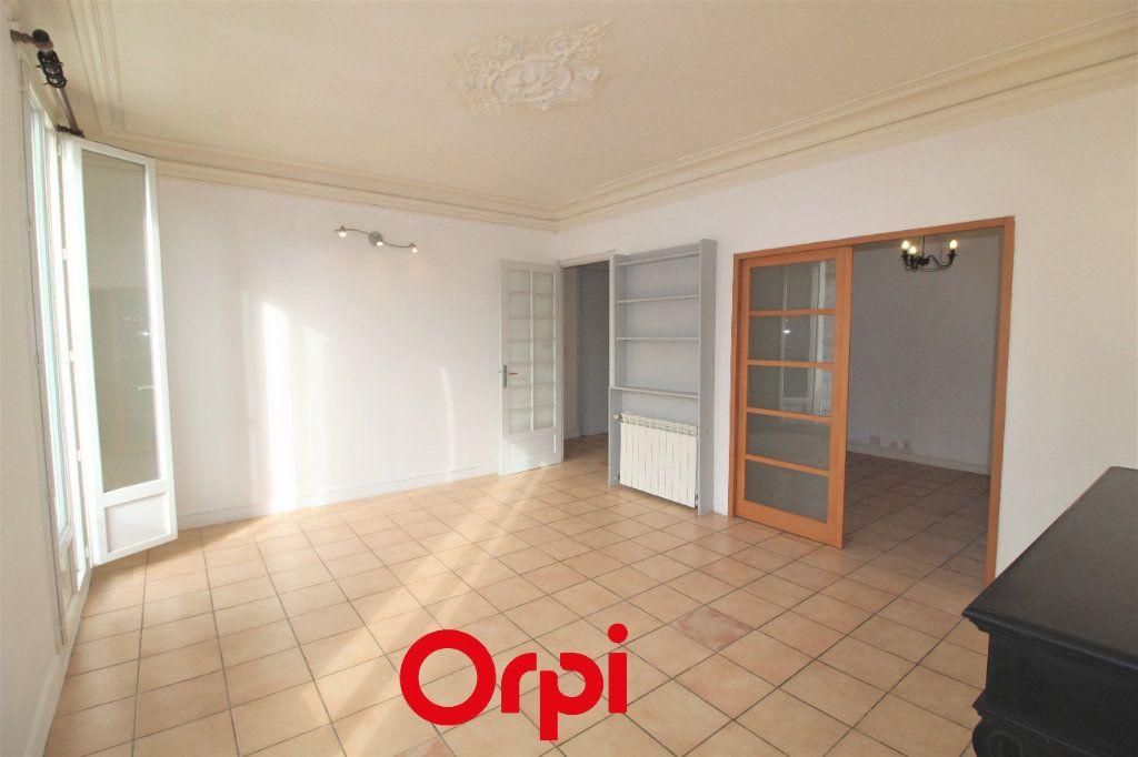 Appartement à vendre 4 83m2 à Toulon vignette-4