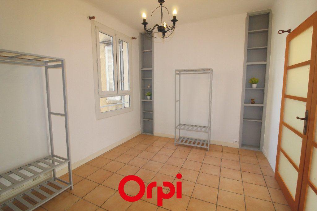 Appartement à vendre 4 83m2 à Toulon vignette-8