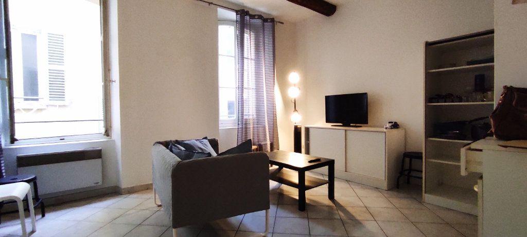 Appartement à louer 2 30.74m2 à Toulon vignette-1