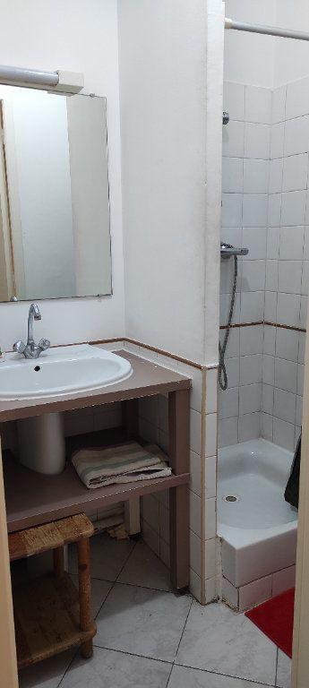 Appartement à louer 2 30.74m2 à Toulon vignette-6