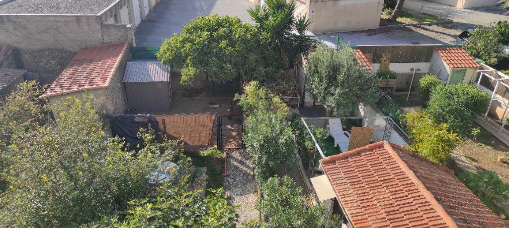 Appartement à louer 2 37.2m2 à Toulon vignette-4