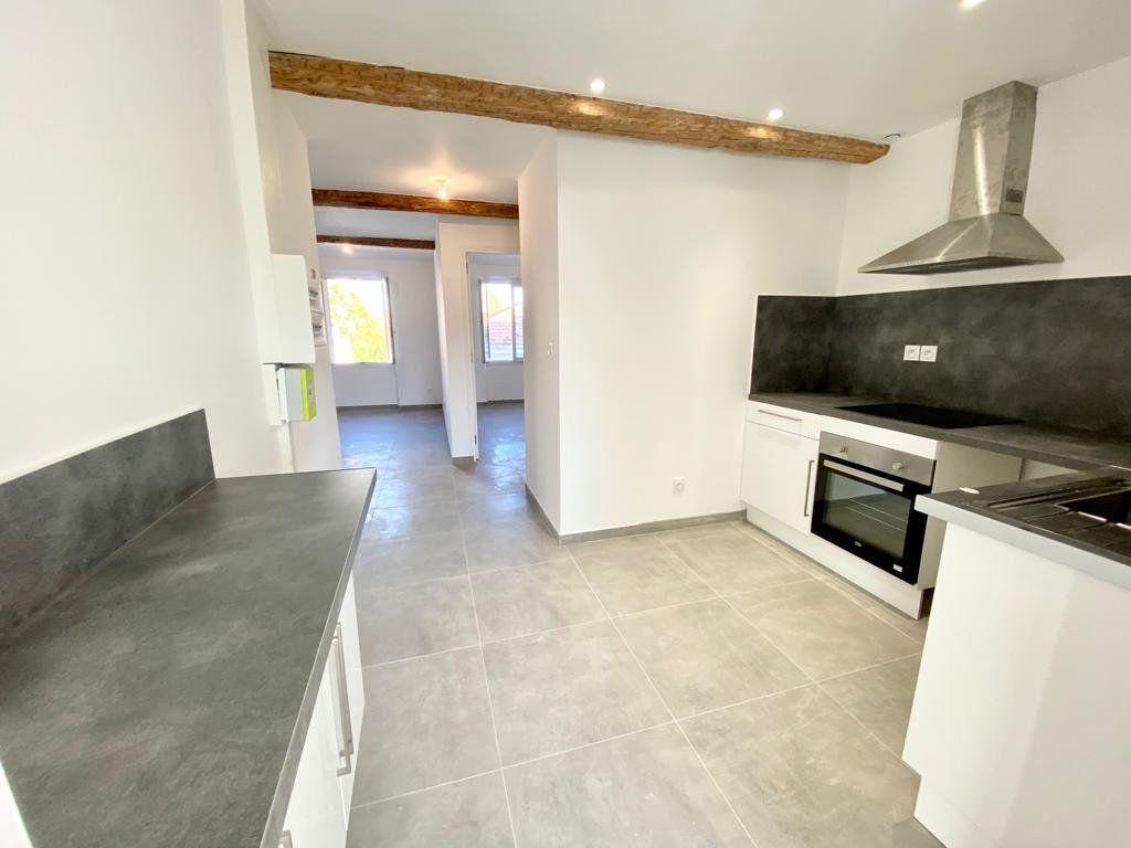 Appartement à louer 2 37.2m2 à Toulon vignette-5