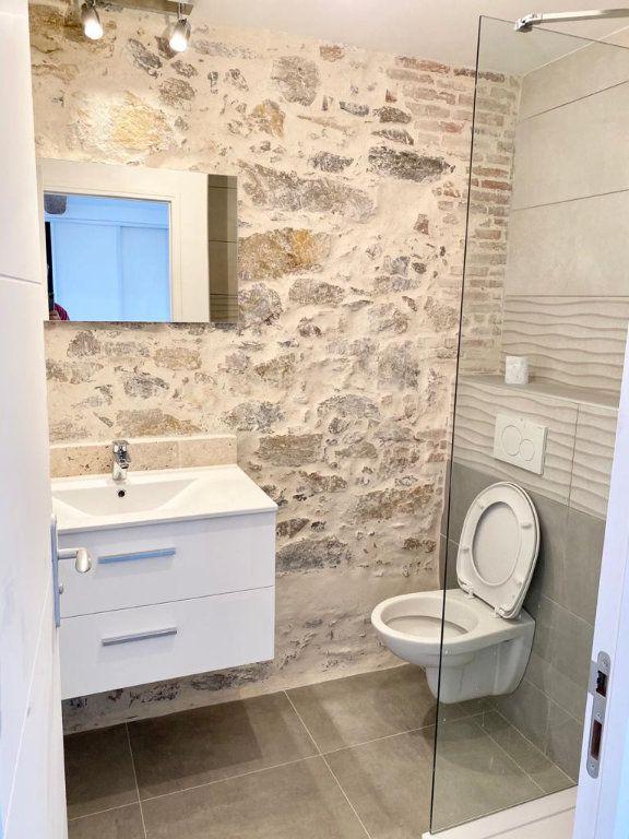Appartement à louer 2 37.2m2 à Toulon vignette-7