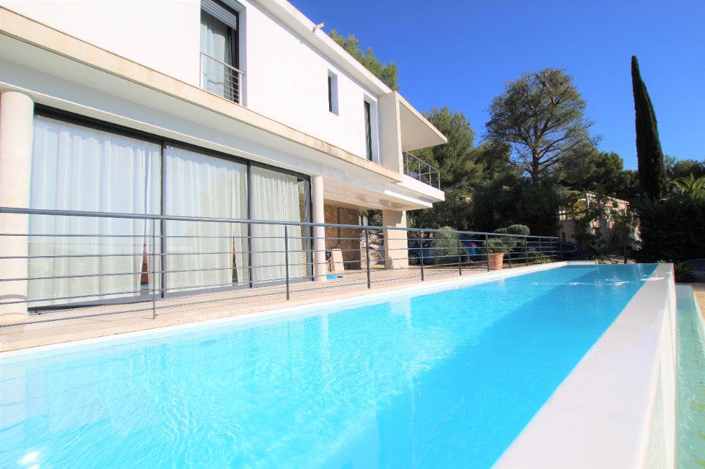 Maison à vendre 7 167m2 à La Cadière-d'Azur vignette-2