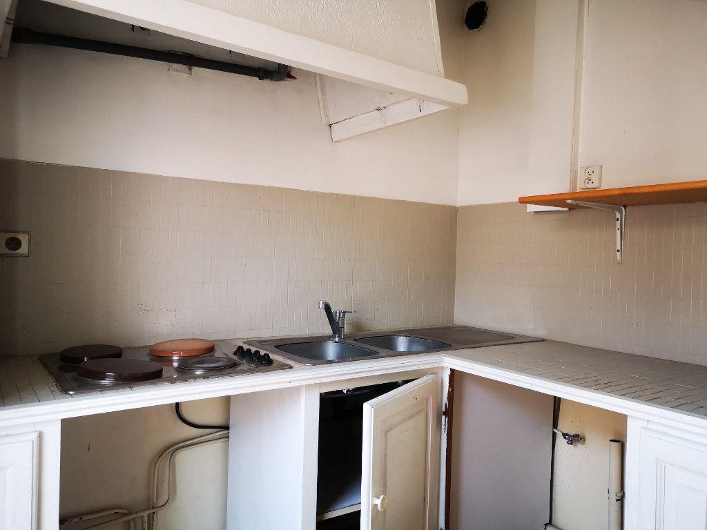 Appartement à vendre 1 26m2 à Toulon vignette-5