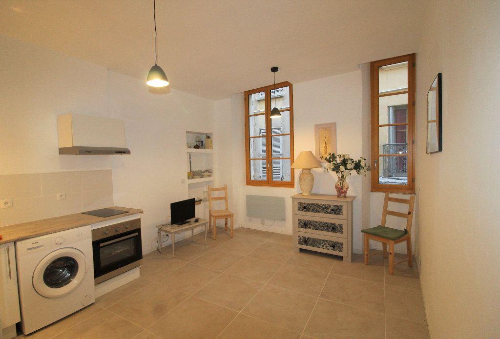 Appartement à louer 1 18.26m2 à Toulon vignette-2