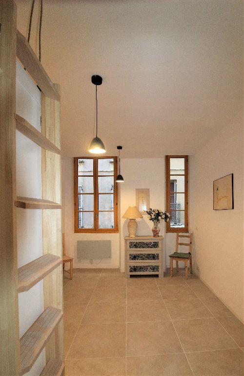 Appartement à louer 1 18.26m2 à Toulon vignette-5