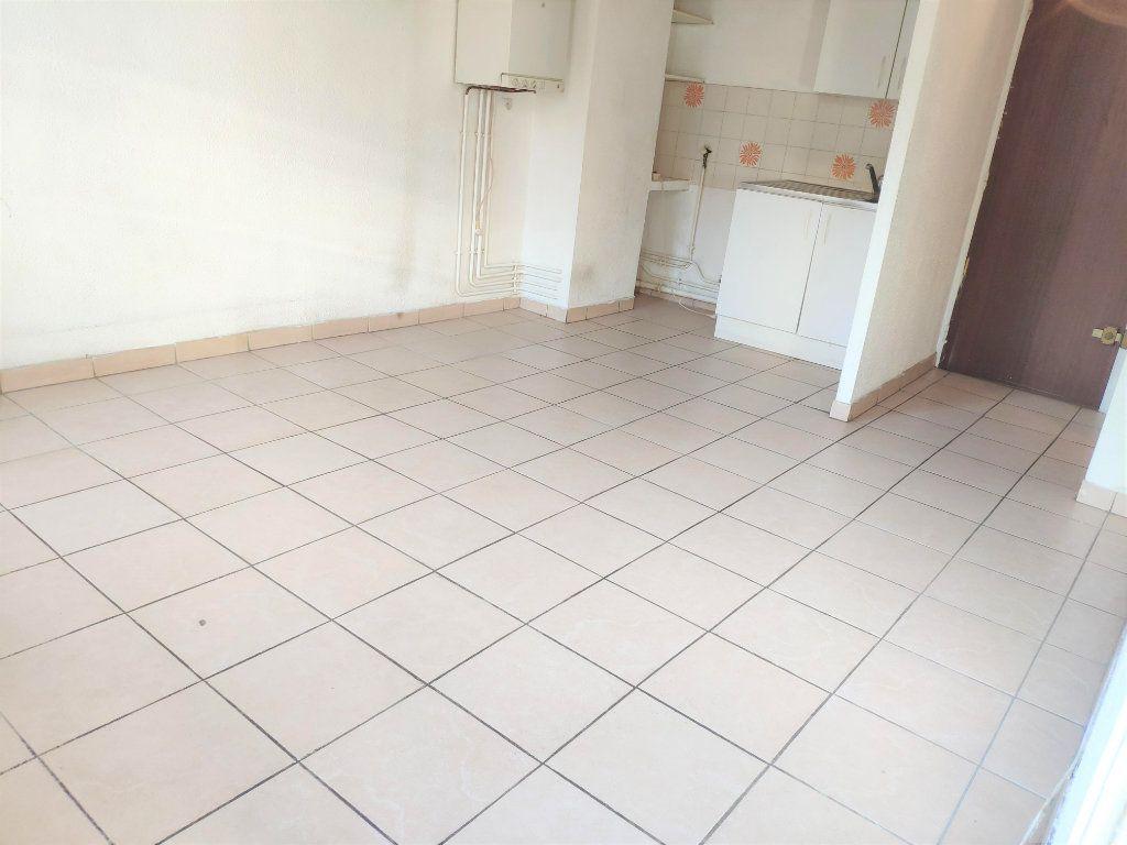 Appartement à vendre 2 39m2 à Toulon vignette-1