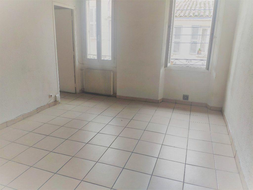 Appartement à vendre 2 39m2 à Toulon vignette-4
