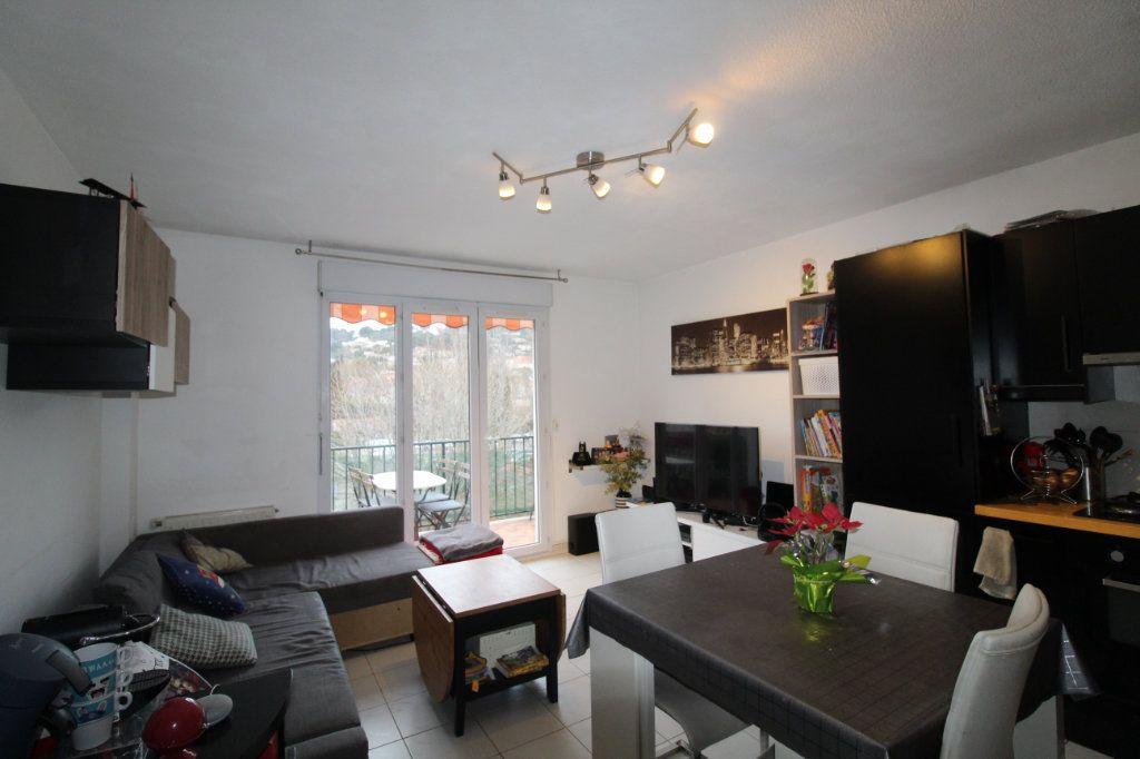 Appartement à vendre 3 52.22m2 à Ollioules vignette-1