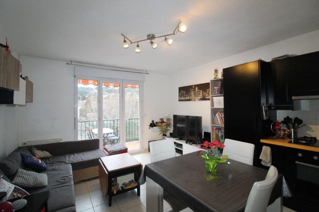 Appartement à vendre 3 52.22m2 à Ollioules vignette-3