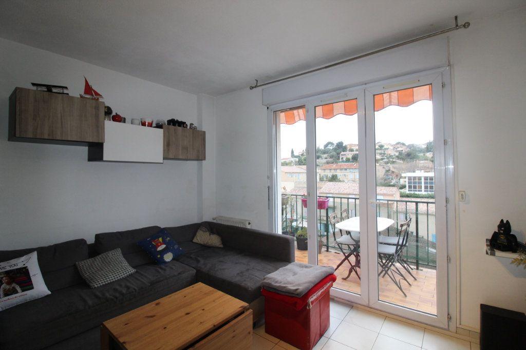Appartement à vendre 3 52.22m2 à Ollioules vignette-5