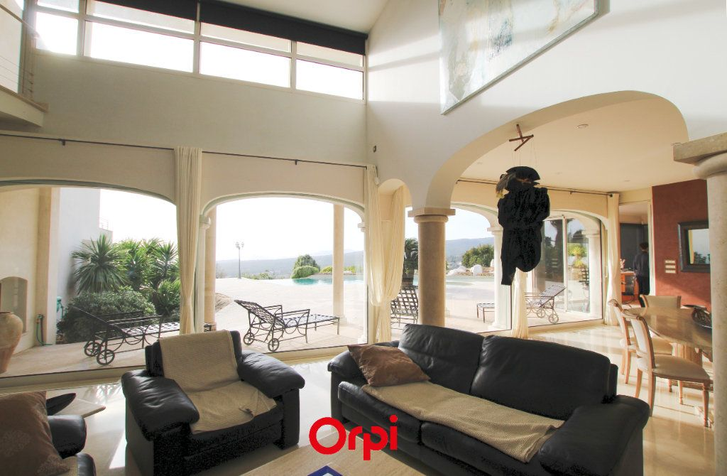 Maison à vendre 6 298m2 à La Cadière-d'Azur vignette-5